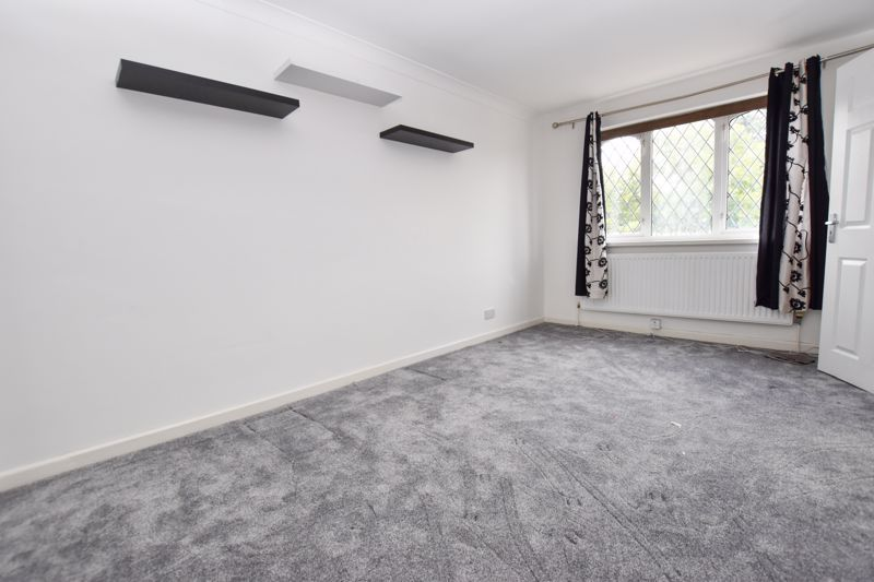 4 bed house to rent in Richmond Hill  - Property Image 11