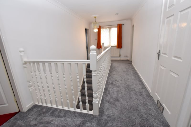 4 bed house to rent in Richmond Hill 13