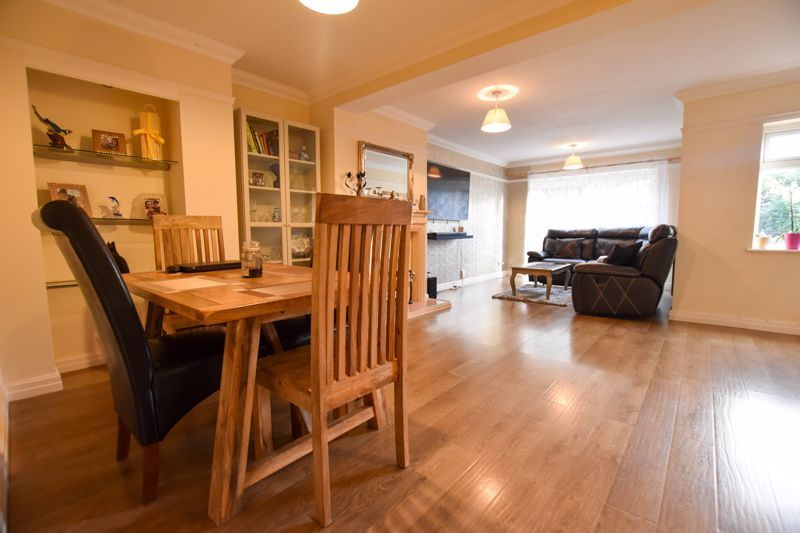 4 bed house to rent in Mincing Lane  - Property Image 2