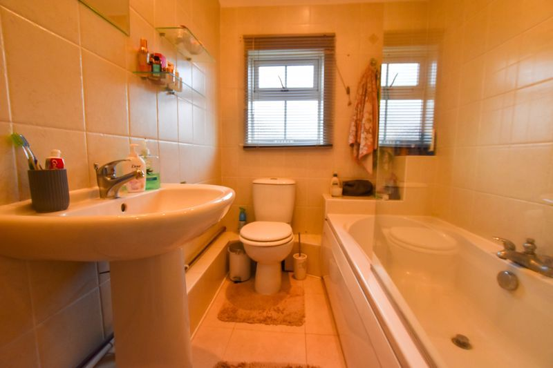 4 bed house to rent in Mincing Lane  - Property Image 12