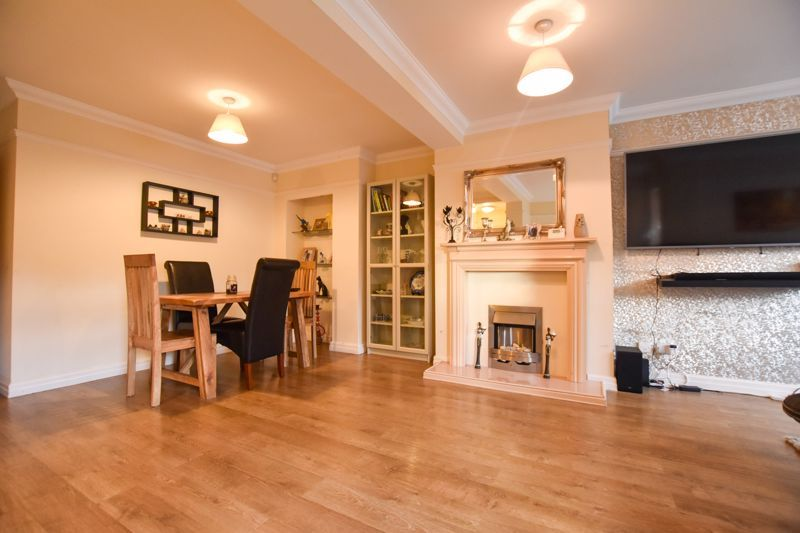 4 bed house to rent in Mincing Lane  - Property Image 3