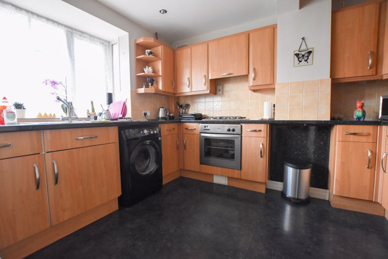 4 bed house to rent in Mincing Lane 5