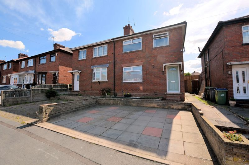 3 bed house for sale in Walton Road, B68
