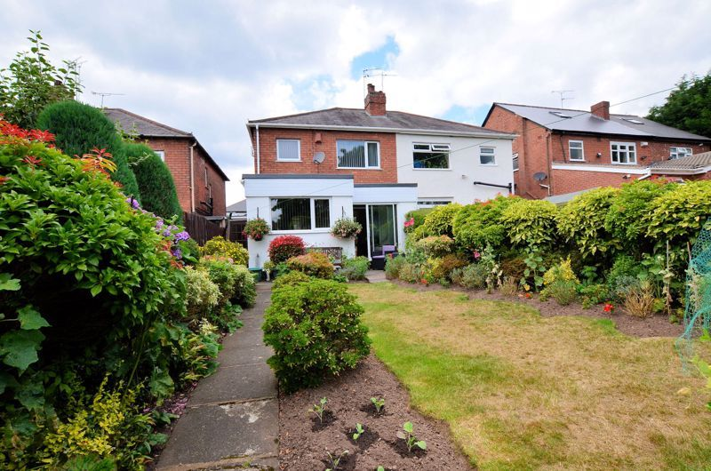 3 bed house for sale in White Road  - Property Image 9