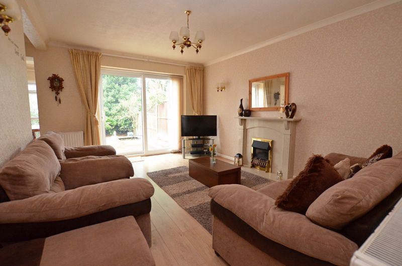 3 bed house for sale in St Davids Drive  - Property Image 2