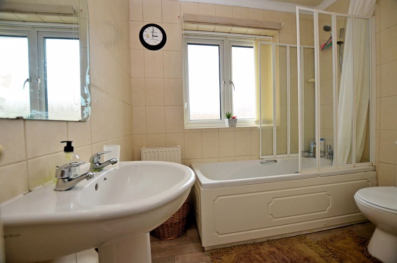 3 bed house for sale in St Davids Drive  - Property Image 11