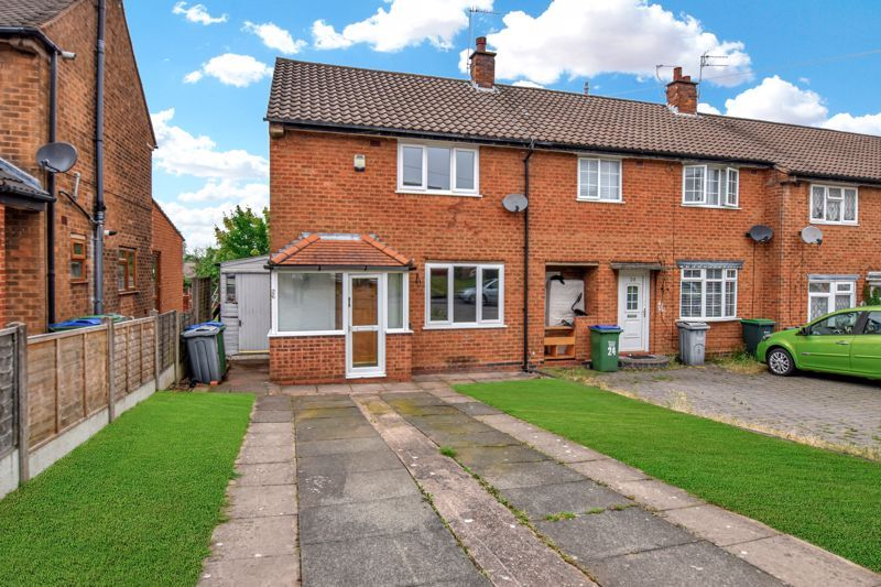 2 bed house for sale in Cornwall Avenue 1