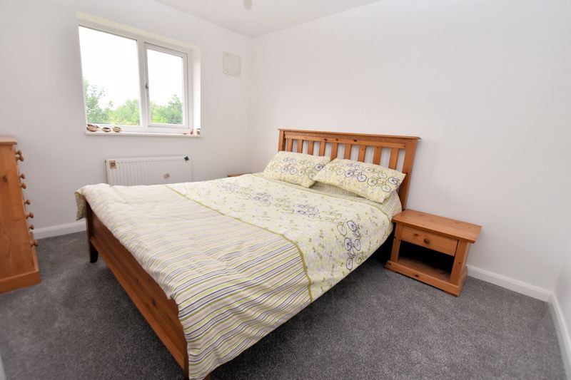2 bed house for sale in Cornwall Avenue  - Property Image 9