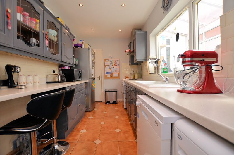 3 bed house for sale in Salisbury Road 12