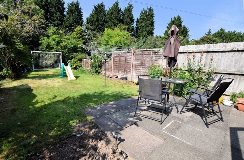 3 bed house for sale in Chichester Drive 14