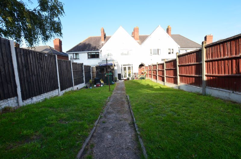 3 bed house for sale in Queens Road  - Property Image 12