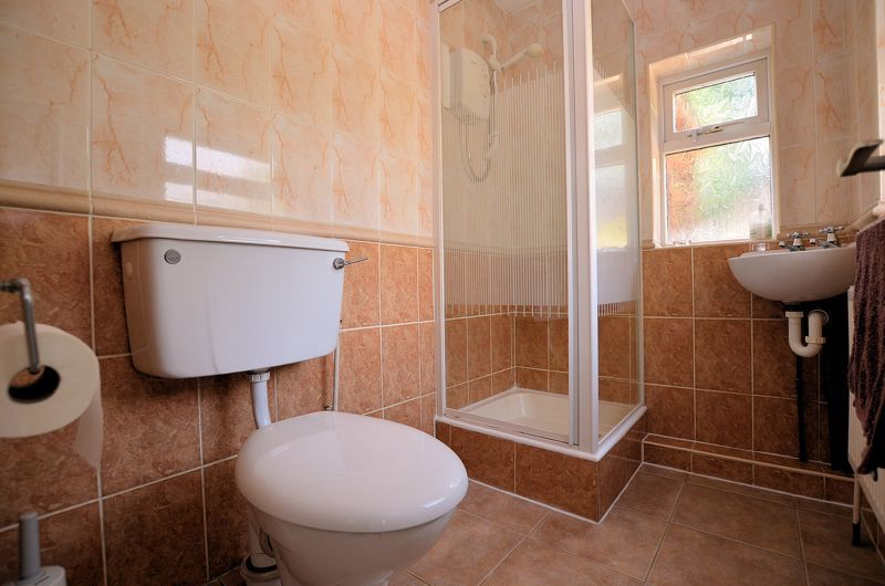 4 bed house for sale in Edenhall Road  - Property Image 14