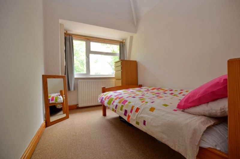 4 bed house for sale in Edenhall Road 18