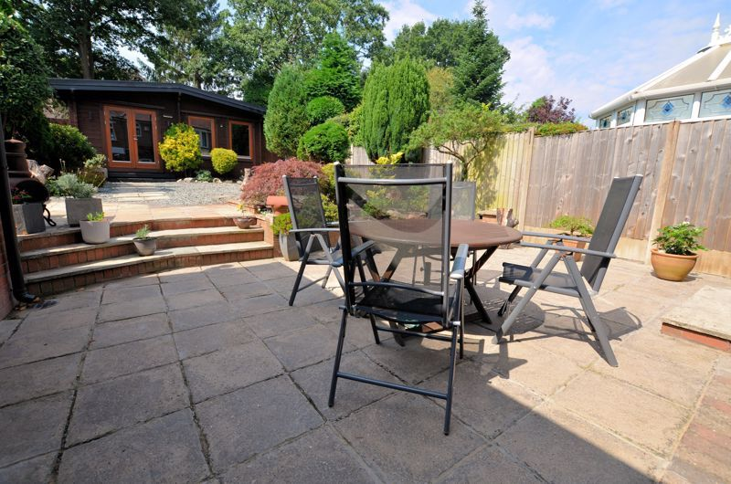 4 bed house for sale in Edenhall Road 19