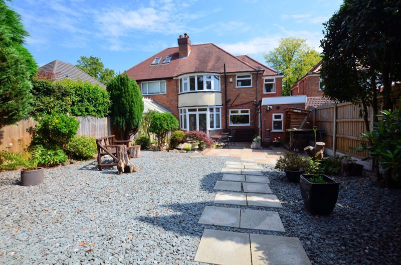 4 bed house for sale in Edenhall Road  - Property Image 9