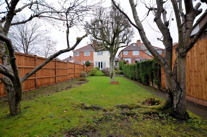 3 bed house for sale in Glyn Farm Road  - Property Image 12