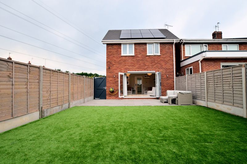 2 bed house for sale in Clay Drive  - Property Image 10