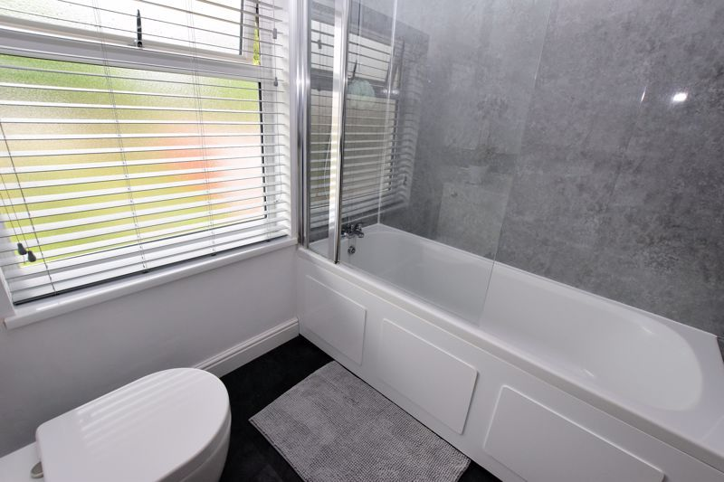 3 bed house for sale in Hamilton Road 16