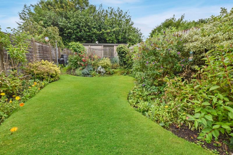 3 bed house for sale in Hamilton Road 4
