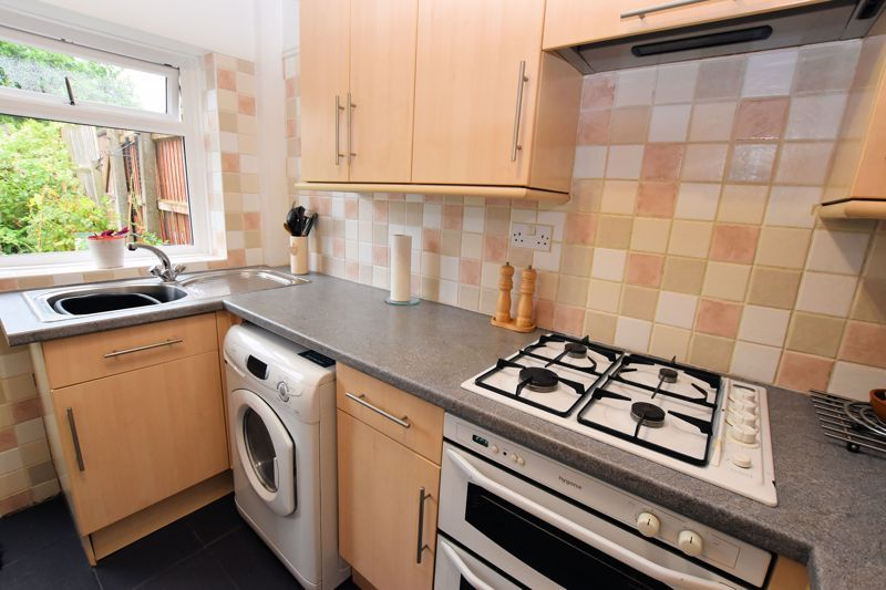 3 bed house for sale in Hamilton Road 7