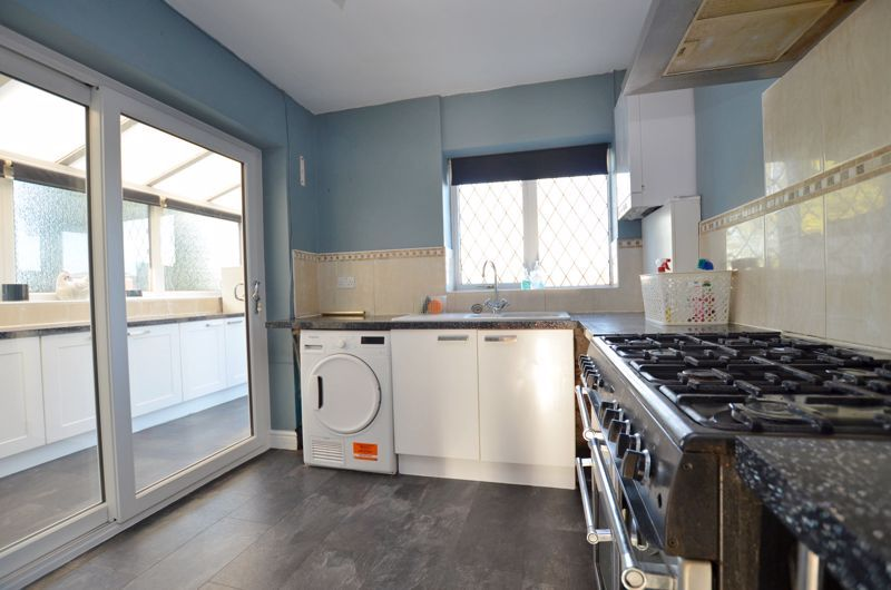 3 bed house for sale in Harvington Road  - Property Image 2