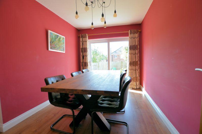 3 bed house for sale in Goodwyn Avenue 12