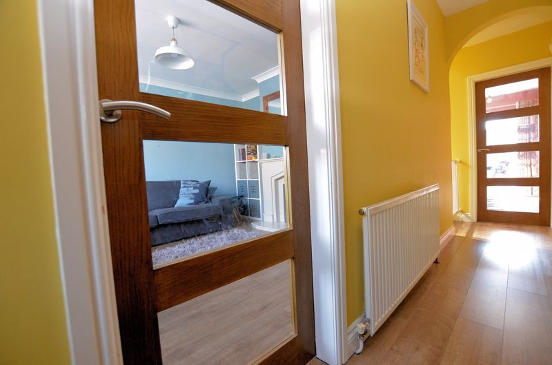 3 bed house for sale in Goodwyn Avenue  - Property Image 14
