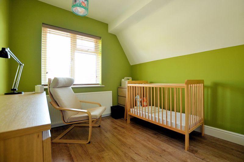 3 bed house for sale in Goodwyn Avenue 6