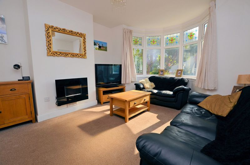 3 bed house for sale in Pound Road  - Property Image 2
