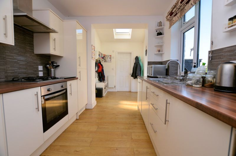 3 bed house for sale in Pound Road  - Property Image 4