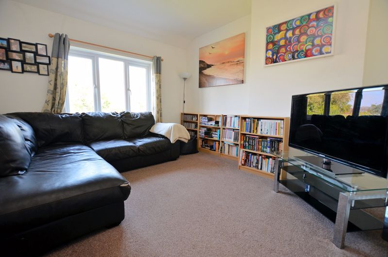 3 bed house for sale in Pound Road 5