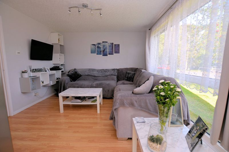 2 bed flat for sale in Perry Hill Road  - Property Image 4