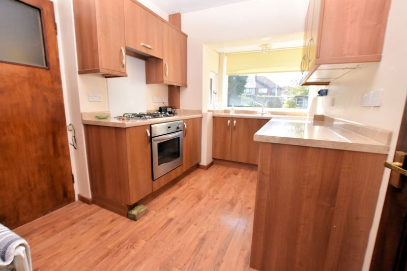 3 bed house for sale in Carters Lane 5