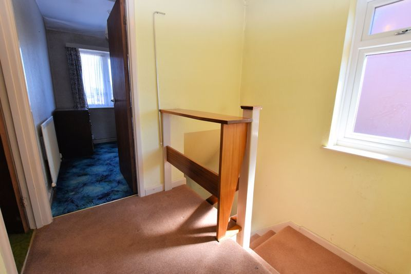 3 bed house for sale in Carters Lane 8