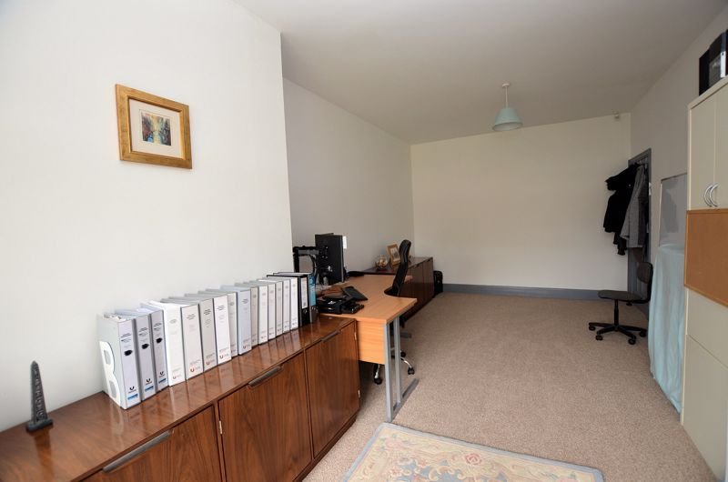 3 bed house for sale in Wolverhampton Road  - Property Image 3