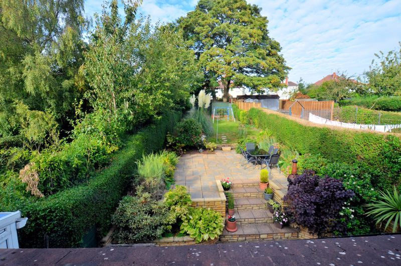 4 bed house for sale in Oak Road 15