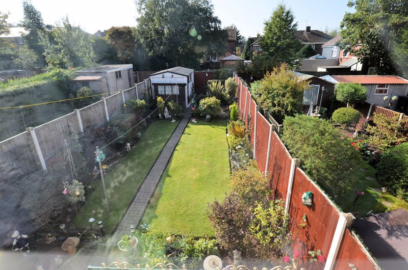 3 bed house for sale in Barnford Crescent 11