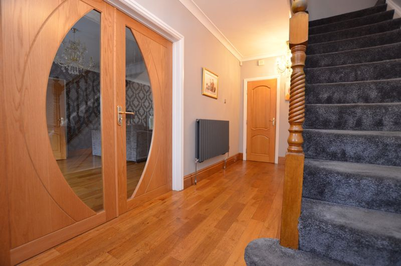 5 bed house for sale in Brandhall Road  - Property Image 14