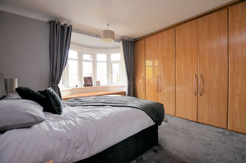 5 bed house for sale in Brandhall Road  - Property Image 19