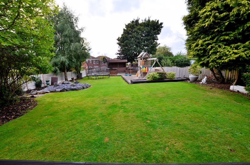 5 bed house for sale in Brandhall Road  - Property Image 25