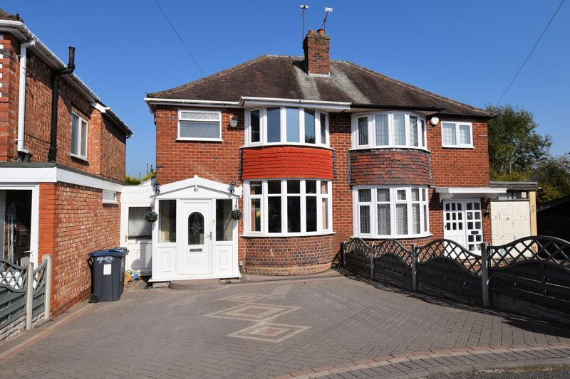 3 bed house to rent in Mayswood Grove 1