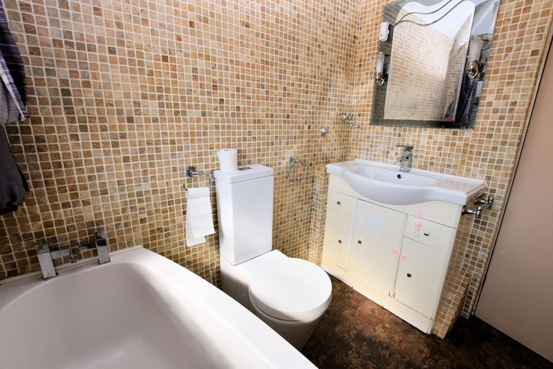3 bed house to rent in Mayswood Grove  - Property Image 13