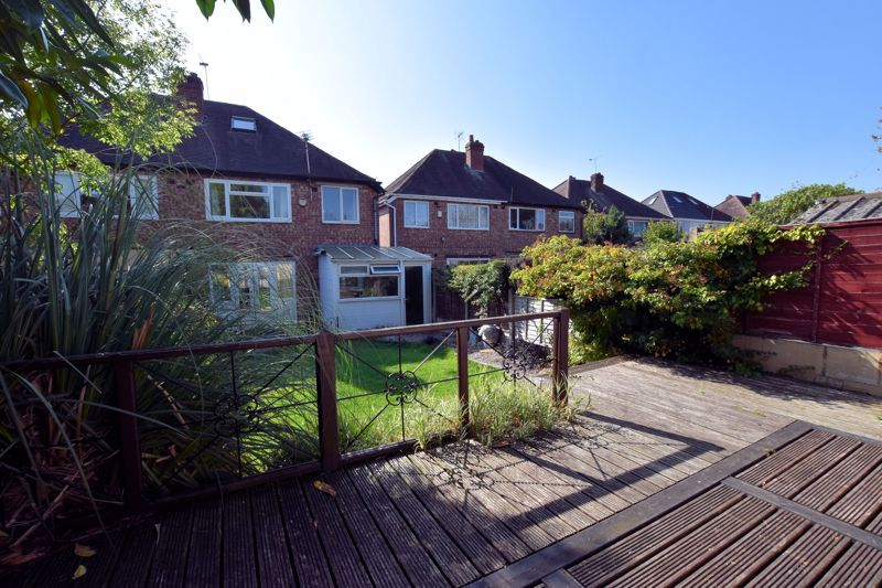 3 bed house to rent in Mayswood Grove 17
