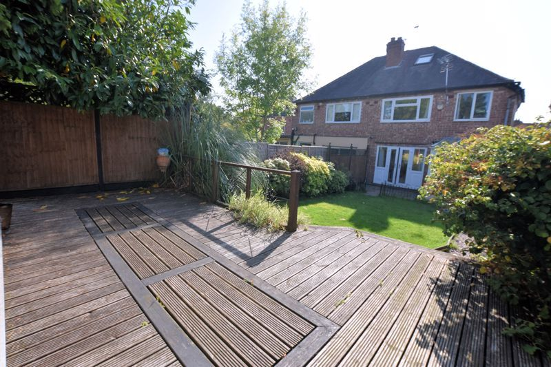 3 bed house to rent in Mayswood Grove 18