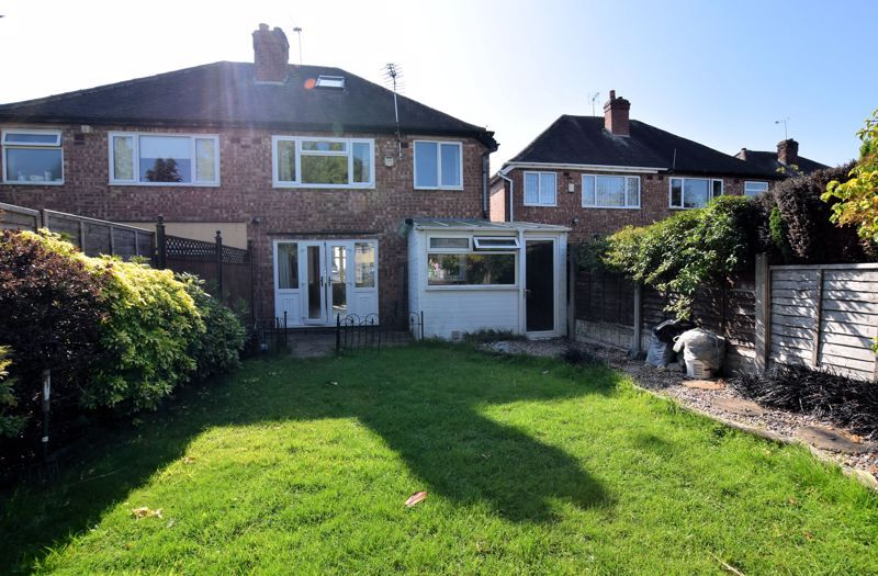 3 bed house to rent in Mayswood Grove 19