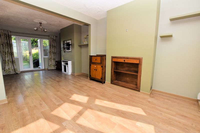 3 bed house to rent in Mayswood Grove  - Property Image 6
