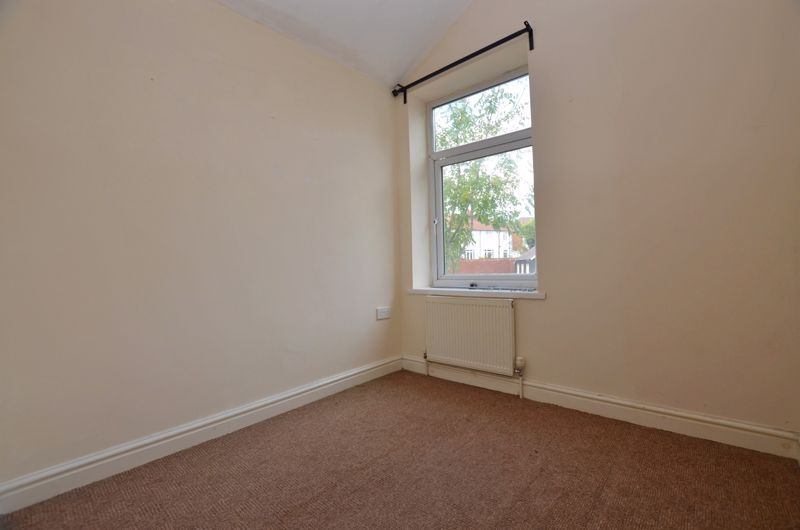 4 bed house for sale in Lightwoods Hill 14