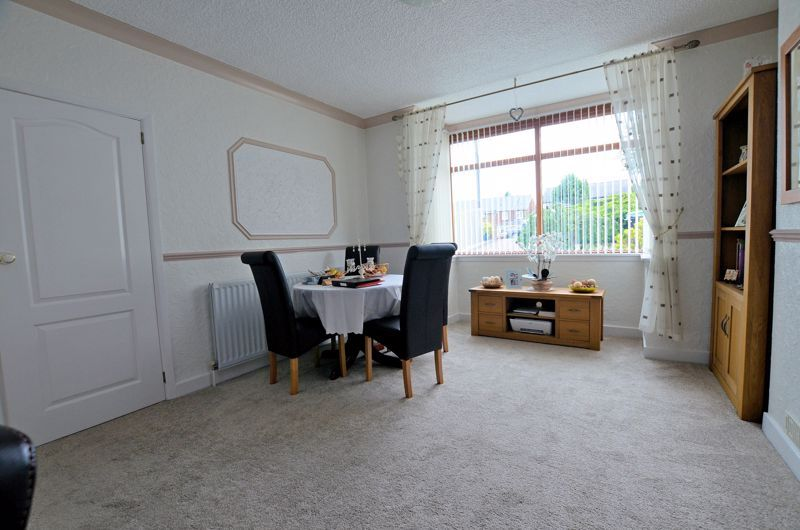 3 bed house for sale in Wolverhampton Road 17