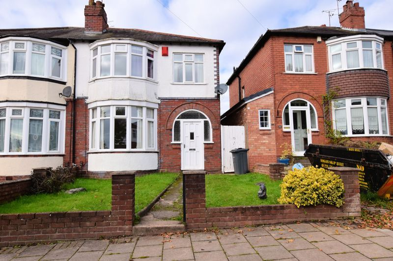 3 bed house for sale in White Road  - Property Image 1