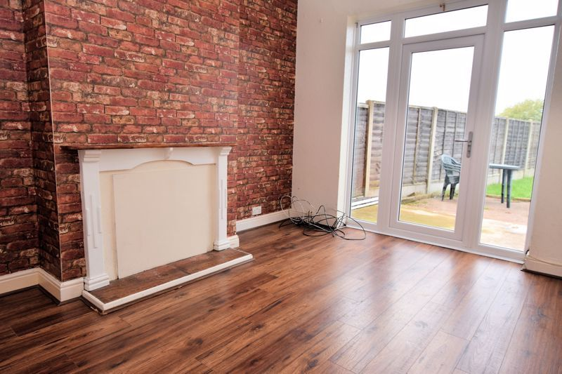 3 bed house for sale in White Road  - Property Image 2